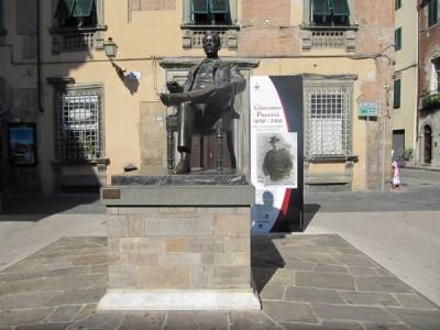 Puccini Statue in Lucca