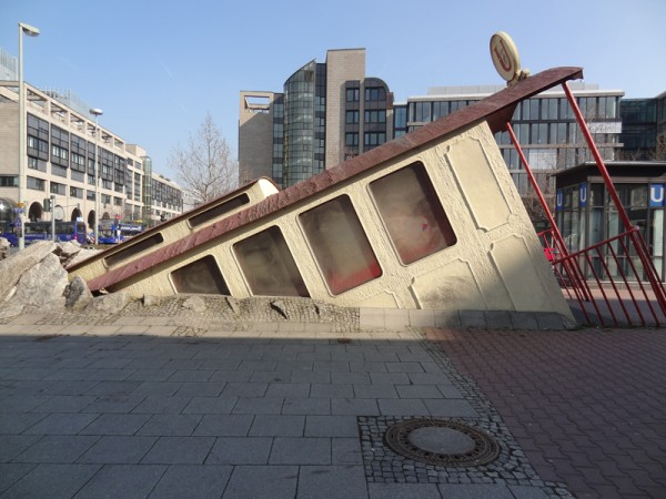 Photo of U-Bahnhof Bockenheimer Warte, Frankfurt